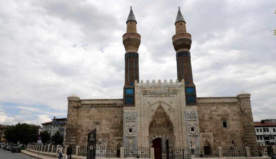 Sivas Cami Alttan Isıtma Sistemleri